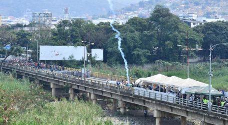 Τουλάχιστον 42 τραυματίες στη γέφυρα Σιμόν Μπολίβαρ