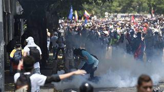 Οι Βρυξέλλες καταδικάζουν τη χρήση βίας από την κυβέρνηση της Βενεζουέλας