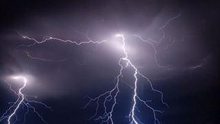6.000 κεραυνοί και ισχυρές καταιγίδες