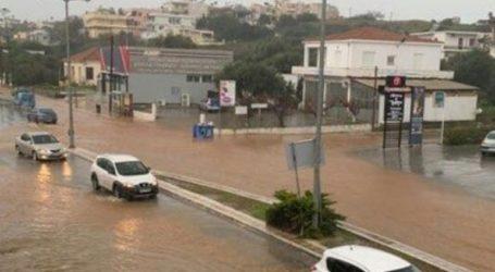 Πλημμύρισαν σπίτια στα Χανιά – «Βροχή» τα προβλήματα