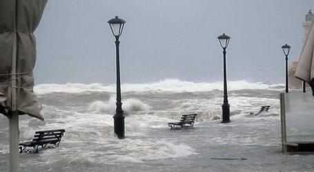 Ισχυρές βροχές και καταιγίδες θα πλήξουν την Κρήτη σήμερα και αύριο