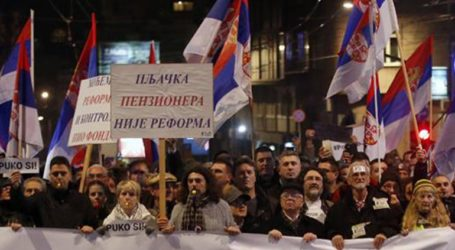 Η Ε.Ε. για τις αντικυβερνητικές διαδηλώσεις σε Αλβανία και Σερβία: «Απαραίτητες οι μεταρρυθμίσεις»