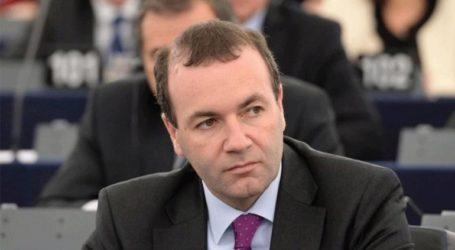 «Ο Όρμπαν να συμπεριφέρεται με αλληλέγγυο τρόπο στο ΕΛΚ»