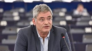 Η Ελλάδα γενικά πάσχει στο θέμα των συγκλίσεων