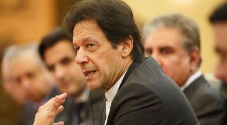 O Πακιστανός πρωθυπουργός κάλεσε την Ινδία σε διάλογο