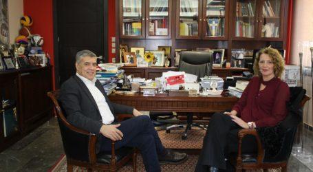 Επιβεβαίωση του TheNewspaper.gr: Υποψήφια με τoν Κώστα Αγοραστό στις Β. Σποράδες η Αθηνά Ντάκη