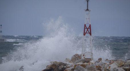 Θυελλώδεις άνεμοι στη Μαγνησία – Προειδοποίηση από το Λιμεναρχείο Βόλου