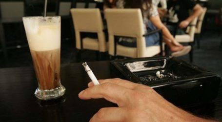 Αναστενάζουν οι… μη καπνιστές στις καφετέριες της Λάρισας – Στο δημοτικό συμβούλιο η μη εφαρμογή του νόμου