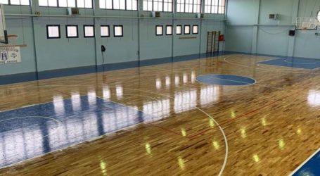 Νέο παρκέ στο Κλειστό Γυμναστήριο Χάλκης από την Περιφέρεια Θεσσαλίας