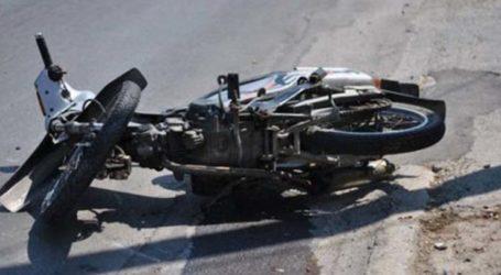 Τροχαίο με μηχανάκι στη Φαρσάλων στη Λάρισα με τραυματισμό