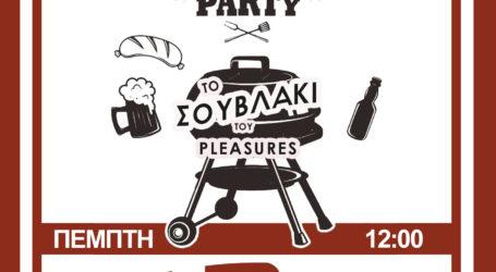 Το σουβλάκι του Pleasures Seaside Cafe + more την Τσικνοπέμπτη!