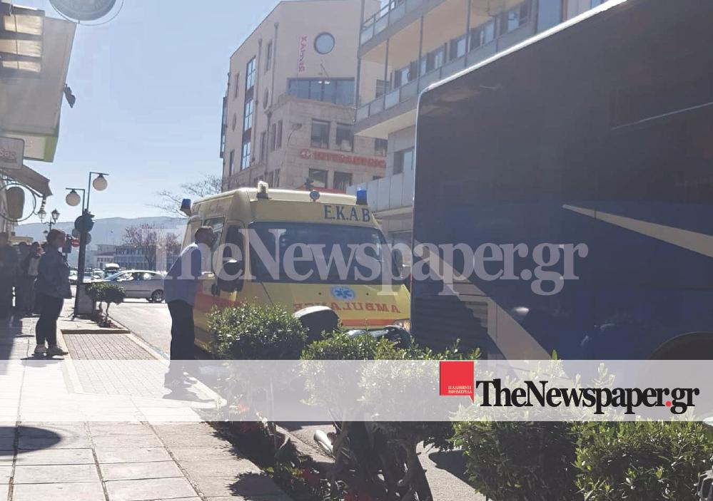 Λεωφορείο παρέσυρε άντρα στο κέντρο του Βόλου (φωτο)