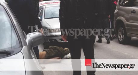 ΤΩΡΑ: ΙΧ αυτοκίνητο παρέσυρε πεζή στο κέντρο του Βόλου [εικόνες]