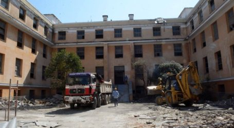 O Κ. Πελετίδης ενημερώθηκε για τις εργασίες ανακατασκευής σε Παλαιό Αρσάκειο και Μανιακίου