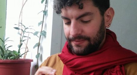 Ο Βολιώτης φοιτητής που του αρέσει το «πλέξιμο»