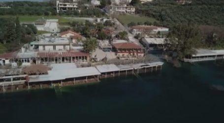 Εκεί που η λίμνη έγινε …ένα με τον οικισμό