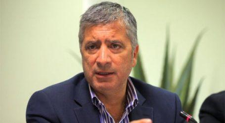 «Ξεκάθαρη θεσμική εκτροπή», τυχόν «σπάσιμο» δήμων τρεις μήνες πριν από τις εκλογές
