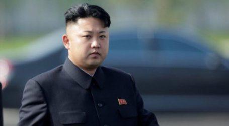 Ο Κιμ Γιονγκ Ουν απέτισε φόρο τιμής στον Χο Τσι Μινχ πριν αναχωρήσει από το Ανόι