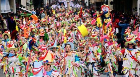 Περισσότεροι από 12.000 μικροί καρναβαλιστές παρήλασαν με πολύχρωμες και καλαίσθητες στολές