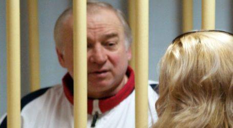 Το Λονδίνο καθιστά σαφές στη Μόσχα ότι οι διπλωμάτες της δεν πρόκειται να δουν ποτέ τους Σκριπάλ