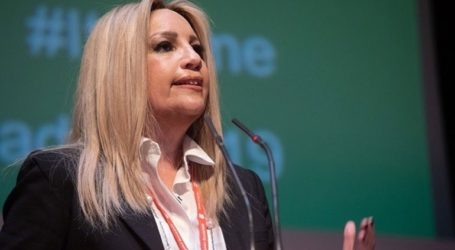 Να προκηρύξει εκλογές καλεί τον Αλέξη Τσίπρα η Φώφη Γεννηματά