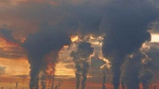 Έχει έρθει η ώρα να αντιμετωπιστεί η ατμοσφαιρική ρύπανση ως απειλή στα ανθρώπινα δικαιώματα