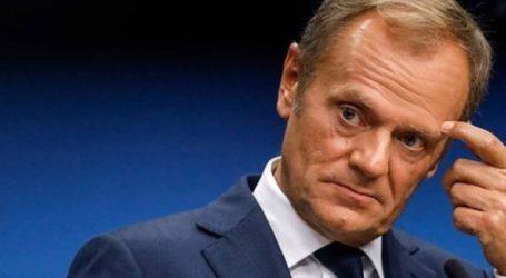 Ο Τουσκ καταγγέλλει τις «αντιευρωπαϊκές» εξωτερικές δυνάμεις που επιδιώκουν να επηρεάσουν τις εκλογές