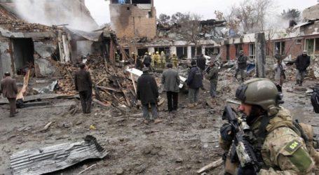 Επίθεση βομβιστή-καμικάζι και ενόπλων στο Αφγανιστάν