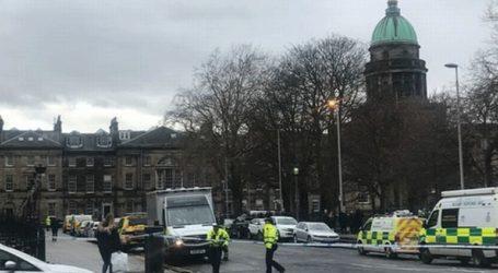 Ομάδα πυροτεχνουργών μετέβη στο κέντρο του Εδιμβούργου έπειτα από πληροφορίες για ύποπτο πακέτο