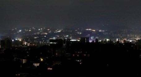 Η ηλεκτροδότηση αρχίζει να αποκαθίσταται μετά τη διακοπή που παρέλυσε τη χώρα
