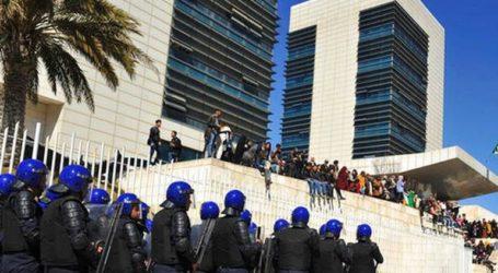 Οι Αρχές συνέλαβαν 195 ανθρώπους στις διαδηλώσεις κατά του προέδρου Μπουτεφλίκα