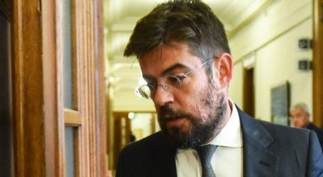 Ο υπουργός Δικαιοσύνης Μιχάλης Καλογήρου ζητεί να ασκηθούν διώξεις κατά του Αντώνη Αραβαντινού