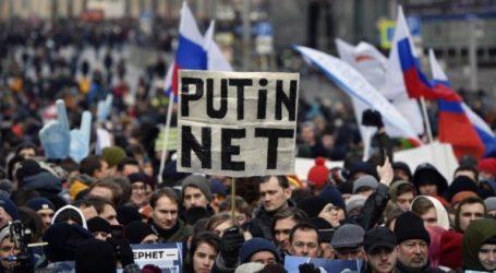Διαδηλώσεις κατά της εφαρμογής περιορισμών στο διαδίκτυο