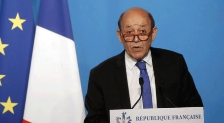 Ο Γάλλος ΥΠΕΞ χαιρέτισε την απόφαση του Μπουτεφλίκα να μην διεκδικήσει πέμπτη προεδρική θητεία
