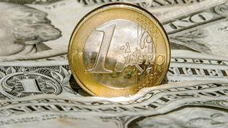 Η ενδεικτική ισοτιμία ευρώ/δολαρίου διαμορφώθηκε στα 1,1275 δολάρια