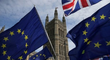 Οι βρετανοί βουλευτές απέρριψαν ένα Brexit χωρίς συμφωνία