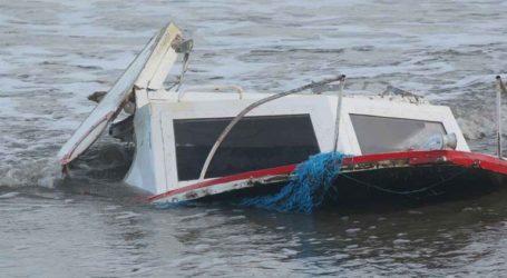 Βυθίστηκαν σκάφη λόγω της κακοκαιρίας στην Αρκίτσα
