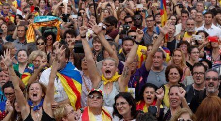 Αυτονομιστές της Καταλονίας διαδήλωσαν στη Μαδρίτη διαμαρτυρόμενοι για τη δίκη των ηγετών τους