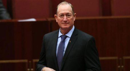 Νεαρός πέταξε αυγό σε Αυστραλό ακροδεξιό γερουσιαστή