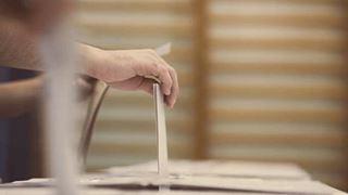 Οι τροπολογίες του Υπουργείου Εσωτερικών για ευρωεκλογές και αυτοδιοικητικές εκλογές