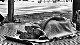 Η καταγραφή των αστέγων στην Ευρώπη αποτελεί άμεση ανάγκη, τονίζουν ΜΚΟ