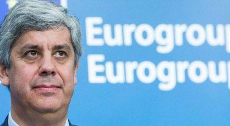 Χρειάζεται να ενισχυθεί ο ρόλος του ευρώ έναντι του δολαρίου