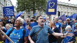 Μεγάλη πορεία στο Λονδίνο με αίτημα τη διεξαγωγή νέου δημοψηφίσματος