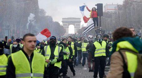 Συγκρούσεις «κίτρινων γιλέκων» με την Αστυνομία