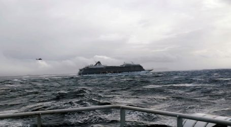 Επαναλειτούργησαν τρεις από τις τέσσερις μηχανές του κρουαζιερόπλοιου Viking Sky