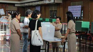 Έκλεισαν οι κάλπες στην Ταϊλάνδη