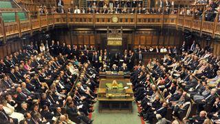Οι Βρετανοί βουλευτές αναζητούν ένα σχέδιο Β για την έξοδο από την Ε.Ε.