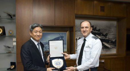 Συνάντηση αρχηγού ΓΕΑ με τον πρέσβη της Δημοκρατίας της Κορέας