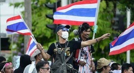 Τα κόμματα της αντιπολίτευσης σχημάτισαν συνασπισμό και ζητούν από τη χούντα να παραδώσει την εξουσία