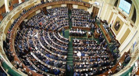 Απορρίφθηκαν από το κοινοβούλιο και οι οκτώ προτάσεις που είχαν τεθεί σε ψηφοφορία